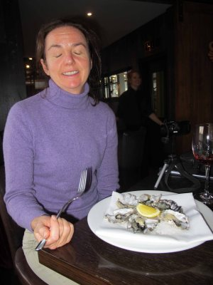 The joy of finally finding a half decent restaurant in Wellington on Christmas Eve and eating NZ oysters.